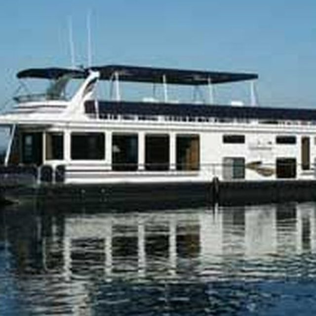 Almost Home Houseboat Rental