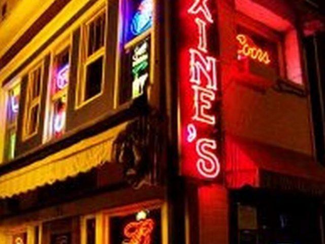 Maxine's